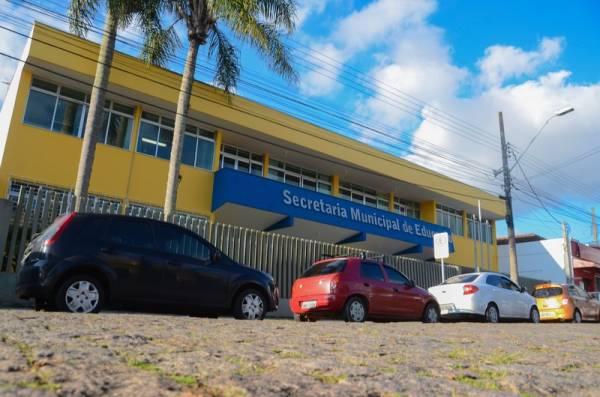 O atendimento na Secretaria de Educação será normal neste período em todos os Departamentos (Foto: Divulgação/PMSJP)
