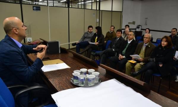 O advogado e representante do Tabelionato Cordeiro, Dalton Cordeiro, foi o palestrante do encontro