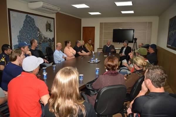 Reunião aconteceu na tarde de ontem, na Prefeitura (Foto: PMSJP)