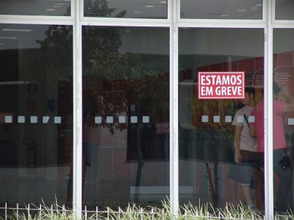 Greve dos bancários terá início amanhã (Foto: Mauren Luc)