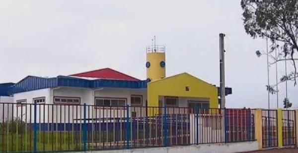 Escola no Guatupê está pronta, só faltam os móveis (Foto: Reprodução RPC/TV)