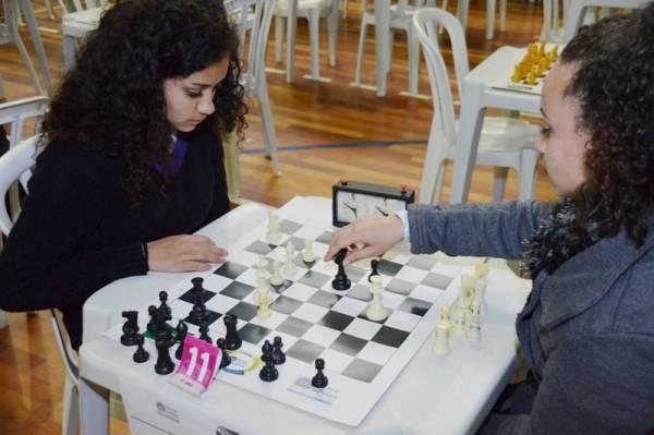 Evento é uma realização da Federação de Xadrez do Paraná e conta com o apoio da Prefeitura Municipal de São José dos Pinhais. Foto: Divulgação/PMSJP