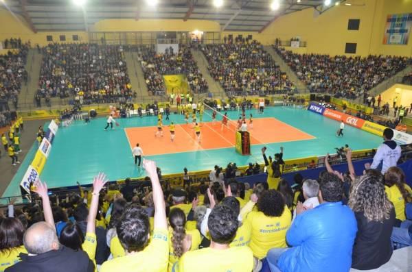 Mais uma vez o grande Ginásio Max Rosenmann deverá ficar lotado na abertura do maior evento de voleibol do país (Foto: Divulgação/Semel)