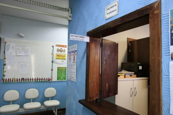 Secretaria de Estado da Educação do Paraná, Pais e estudantes da rede estadual estão preocupados com perda de aulas. 18-10-16. Foto: Hedeson Alves/SEED