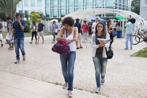 Brasília - Em dezembro, cerca de 6 milhões de estudantes fizeram as provas do Exame Nacional do Ensino Médio em todo paísMarcello Casal/Agência Brasil