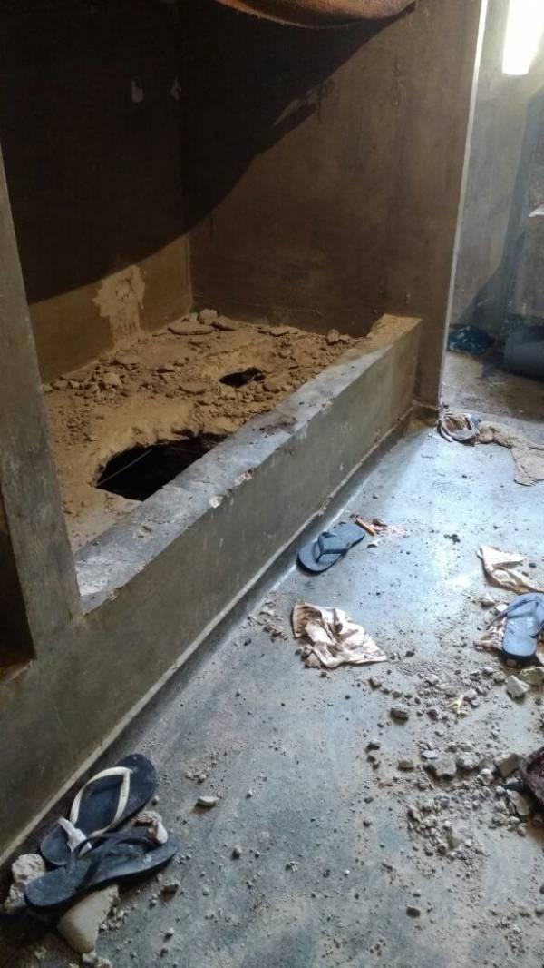 Agentes encontram túnel de 10 metros em cela da PEP1 e impedem fuga.Foto: SESP
