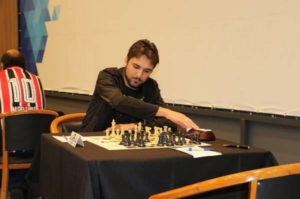 O são-joseense Willian Cruz é destaque na modalidade do xadrez  (Foto: Divulgação/Semel)