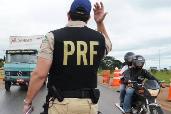 Operação Semana Santa contribuiu para reduzir acidentes em estradas. Queda é de 16%. Foto: Agência Brasil