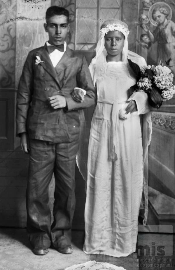 Em alusão ao mês das noivas, o Museu da Imagem e do Som do Paraná abre, no mês de maio, a mostra