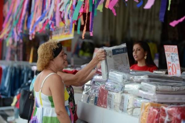 Banco Central anunciou que economia deve crescer 0,7% este ano, graças ao desempenho do Produto Interno Bruto. Foto: Tânia Rêgo/Agência Brasil