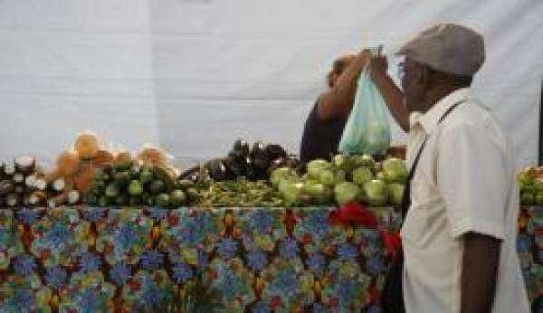 Redução no preço dos alimentos impactou a queda na inflação da população mais pobre. Foto: Arquivo/Tânia Rêgo/ Agência Brasil