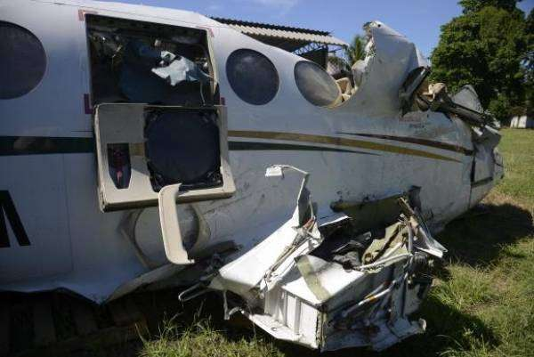 Rio de Janeiro - Destroços da aeronave que caiu no mar de Paraty e matou o ministro do STF Teori Zavascki e mais quatro pessoas em 19 de janeiro de 2017- Tomaz Silva/Agência Brasil