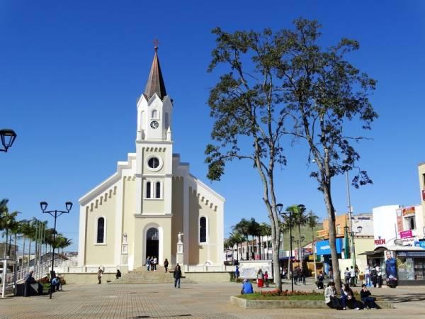 A data é comemorada oficialmente desde 1952 em alusão ao Dia do Padroeiro da Cidade, São José (Foto: Edison Renato/PMSJP)
