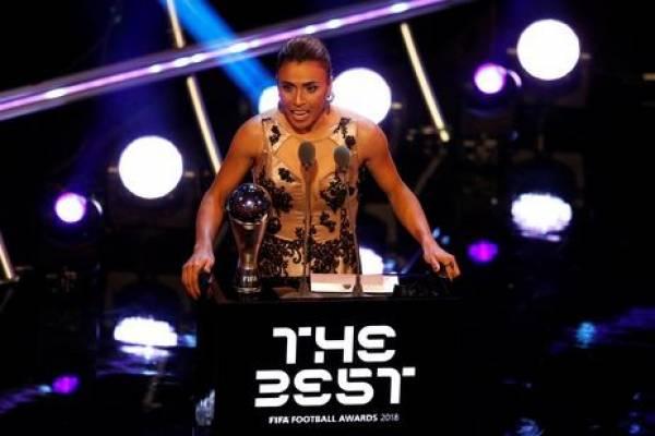 Marta ganha o prêmio de melhor jogadora - John Sibley/Reuters/Direitos reservados