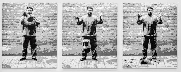 RAIZ - AIWEIWEI - Um dos principais nomes da cena contemporânea mundial, Ai Weiwei deixou seu país de origem em 2015 e se destaca no cenário internacional pelo interesse que demonstra pelas questões sociais e humanas, como a crise global de refugiados e a luta pela liberdade de expressão. AI WEIWEI RAIZ é a primeira exibição do artista plástico Ai Weiwei no Brasil e também a maior já realizada por ele.Início: 02 de maioTérmino: 28 de julho - Foto: Divulgação MON