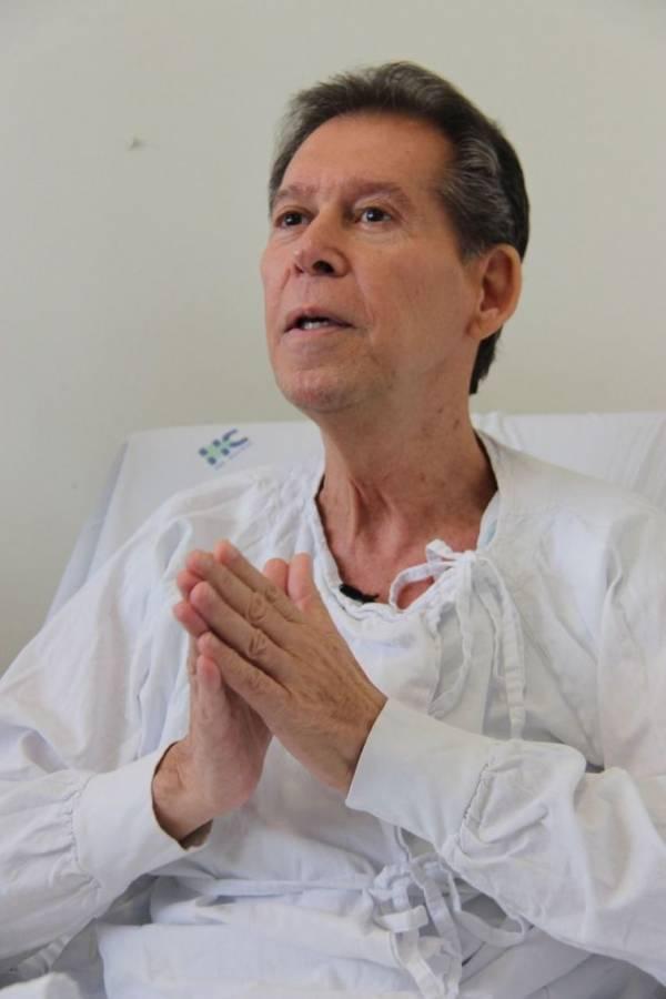 Vamberto Castro recebe tratamento de médicos da USP que fez desaparecer células de linfoma - Divulgação/USP
