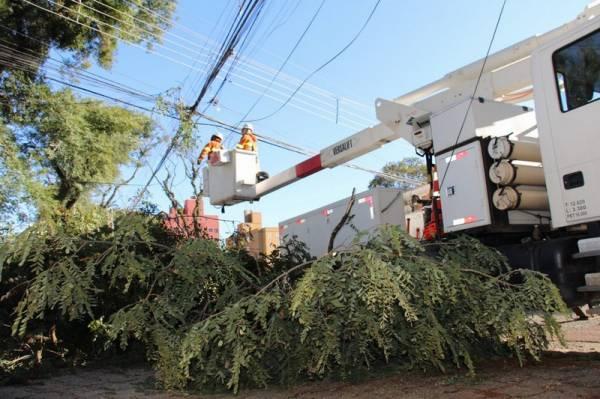 Evento mais grave da história da Copel mobiliza eletricistas de todo o Paraná. Foto: Copel